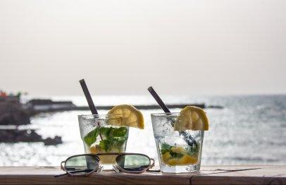 בתי קפה בקיסריה על הים